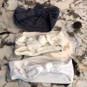 3 barely worn baby bling bows